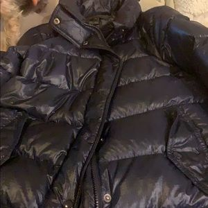 J crew dark blue puffer jacket. XS